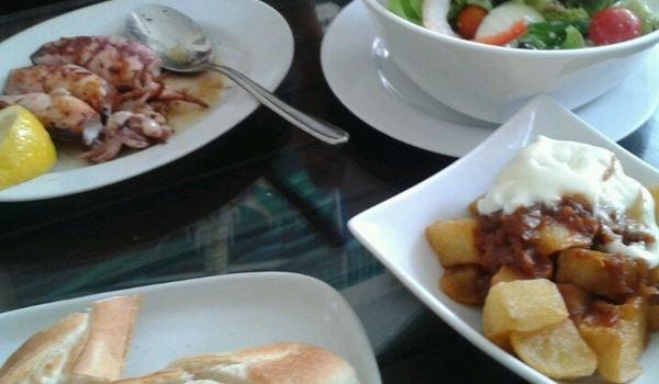Cool Breeze Cafe Bar3