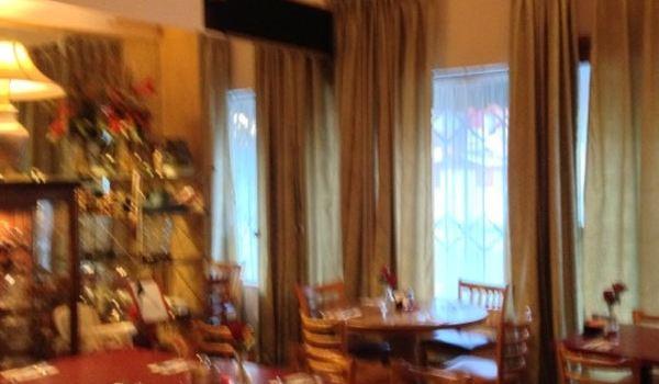 L A Rose Cafe1