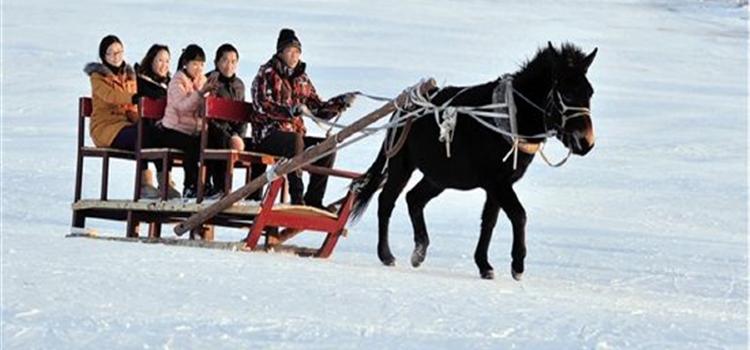 平地泉水世界冰滑雪場