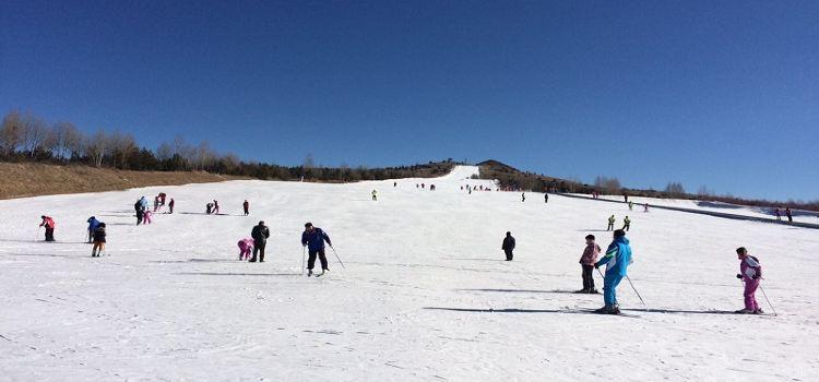 右玉南山滑雪場1