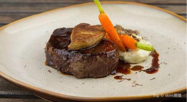 Barbarossa Restaurant & Lounge3