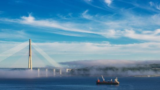 Bridge to Russky Island
