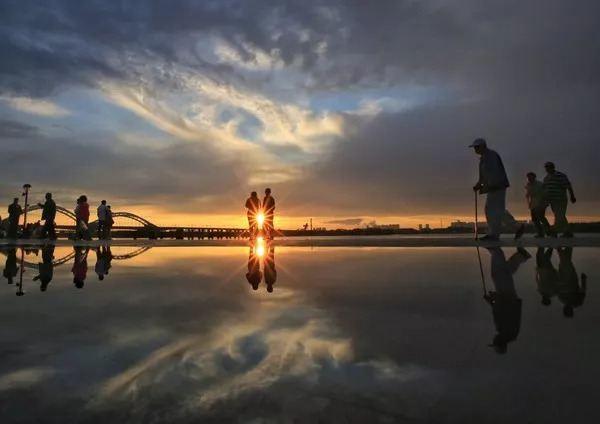 音樂詩人李健的歌裡,藏著夢幻般的人間山水