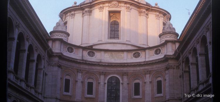 聖依華堂1