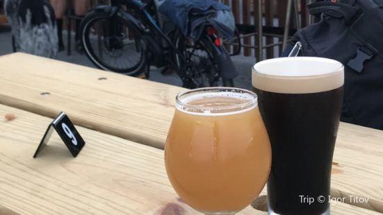 ParrotDog Brewery