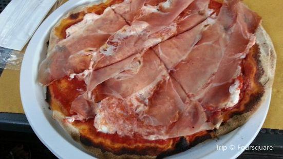 Ale's Pizza