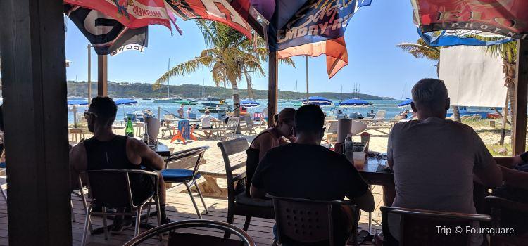 Elvis' Beach Bar3
