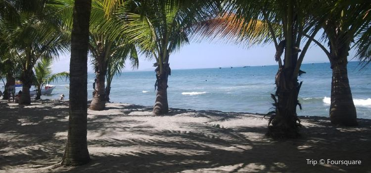 Tela Beach1