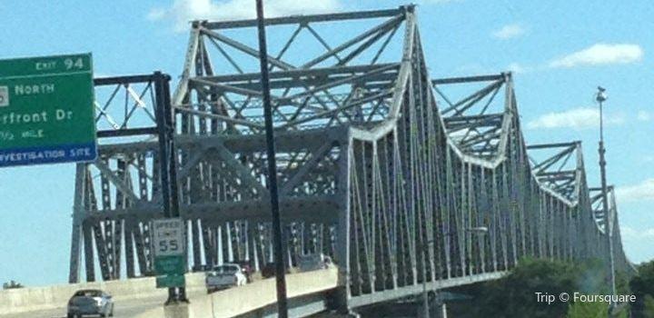 Murray Baker Bridge2