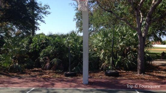 Colonial Drive Park