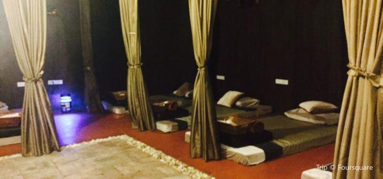 Khunka Massage3