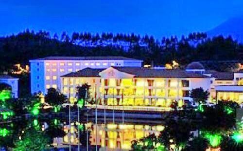 Grand Winner International Hotel