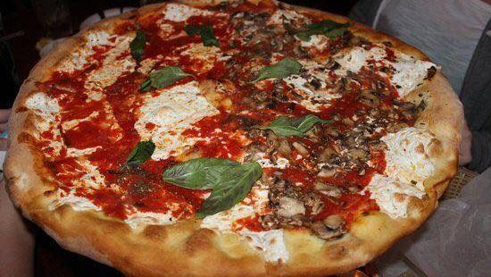 Bella Vita Pizzeria & Trattoria