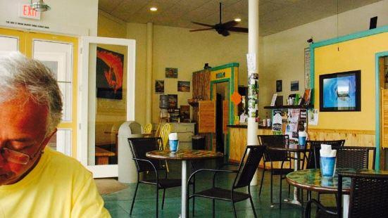 Surf Break Cafe