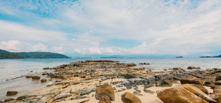 Sapi Island1