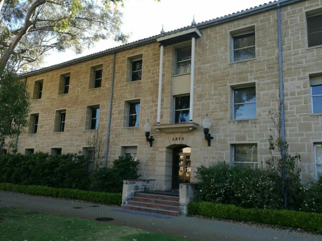 웨스턴오스트레일리아 주 대학