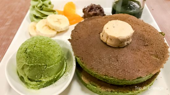 Myowa Japanese Sweeta Café