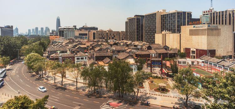 Kuan Hou Li1