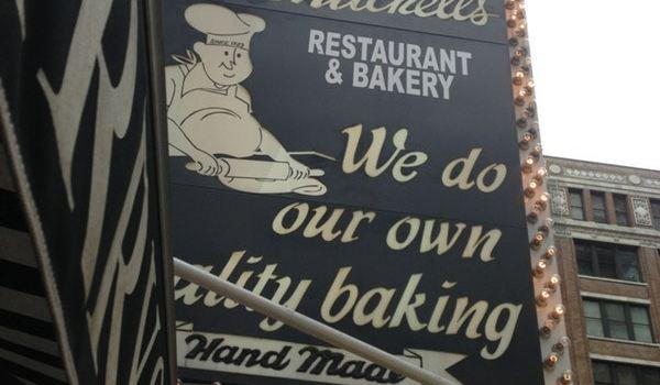 Lou Mitchell's Restaurant & Bakery1