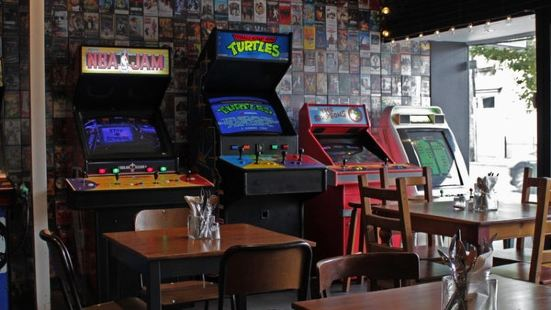 1989 Arcade Bar & Kitchen