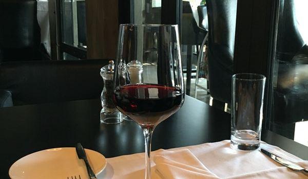 Wolf Grill & Wine Bar2