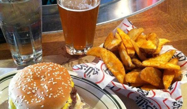Bill's Bar & Burger1