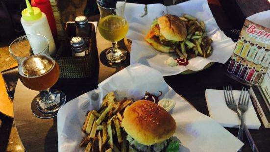 Maloney's Pub & Grill