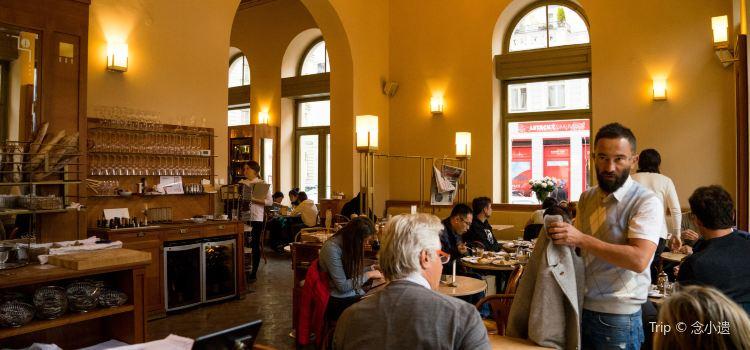 Cafe Savoy2