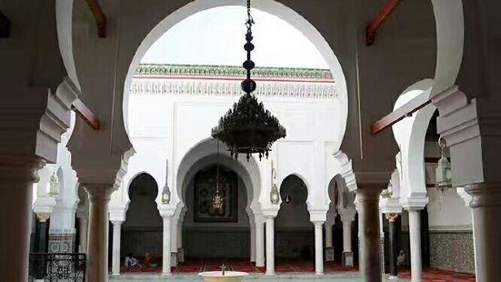 Burmali Minare