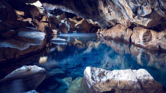 Grotagja Cave