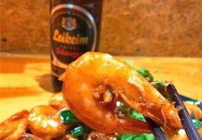 【吃在大連】甜辣過癮的炒蝦,海螺鮮辣帶勁兒,絕佳的下酒小食!