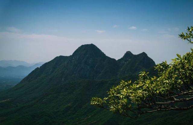 金庸大師已去,筆下江湖仍在,仗劍走天涯步履不止