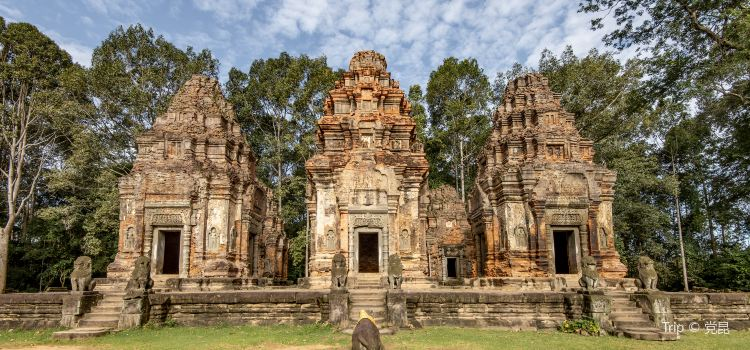 Angkor Wat Complex1