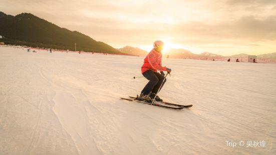絲綢之路國際滑雪場