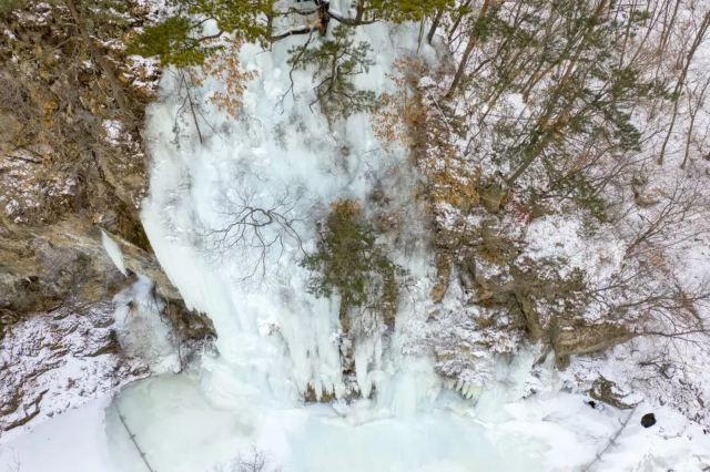 【Day4:花溪沐溫泉—雲山滑雪場—關門山冰瀑—關門山雪屯】