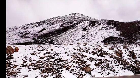 嘎瓦龍景區