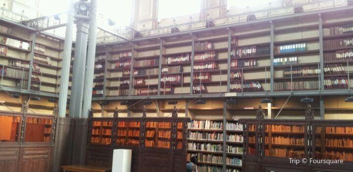 Bibliothèque schoelcher2