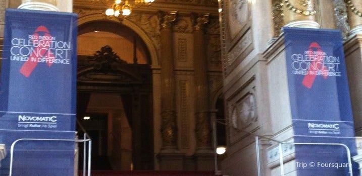 Burgtheater2