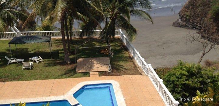 Playa Las Flores2
