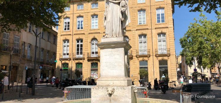 Fontaine du Roi Rene1