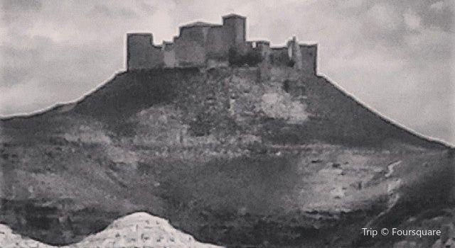 Castillo de Montearagon1