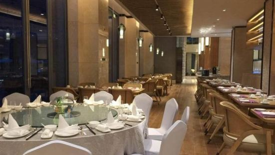 杭州千島湖皇冠假日酒店西餐廳