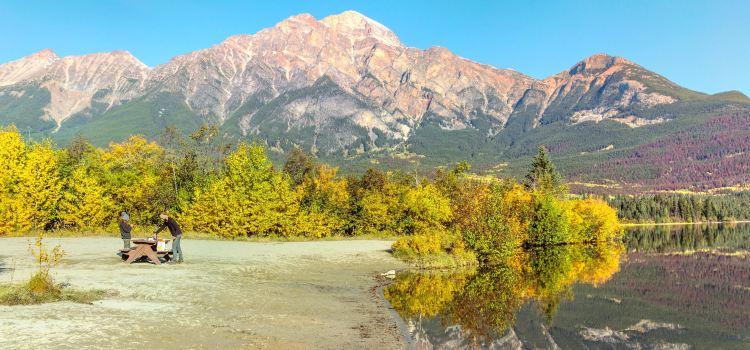 Pyramid Lake2