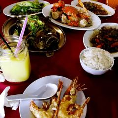 Zhong Hua Lou Seafood Restaurant User Photo