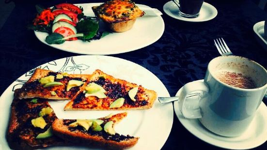 Artee Cafe