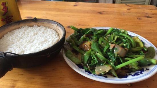 美味砂鍋飯(陽朔神山路店)