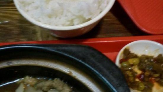 黃燜雞米飯(夢幻店)