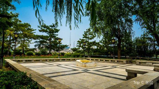 Desheng Park