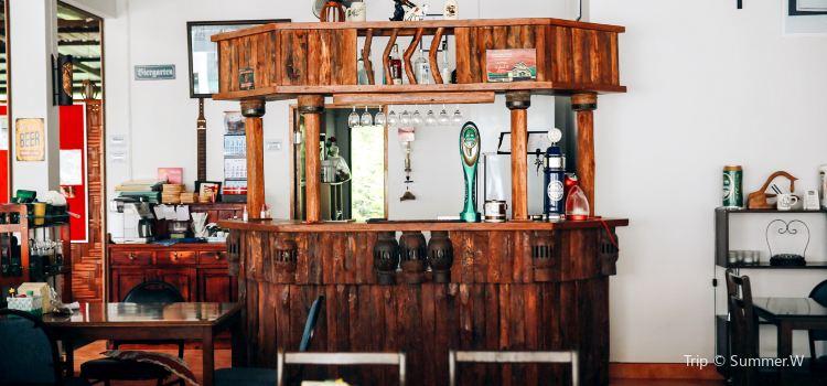 Beer Garden Soi 113