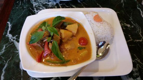 Tuk Tuk Thai Cafe